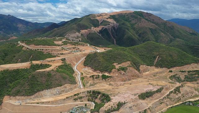 Núi Chín Khúc (TP.Nha Trang) là khu vực những năm qua có nhiều dự án sai phạm khiến dư luận bức xúc.