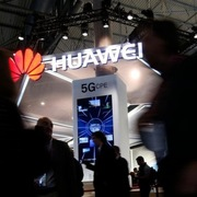 Anh phát hiện điểm yếu nguy hiểm trong thiết bị của Huawei