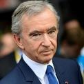 """<p class=""""Normal""""> <strong>2. Bernard Arnault</strong></p> <p class=""""Normal""""> Tài sản: 115,5 tỷ USD</p> <p class=""""Normal""""> Tăng: 3,2 tỷ USD</p> <p class=""""Normal""""> Quốc gia: Pháp</p> <p class=""""Normal""""> Nguồn tài sản: LVMH (Ảnh: <em>Reuters</em>)</p>"""