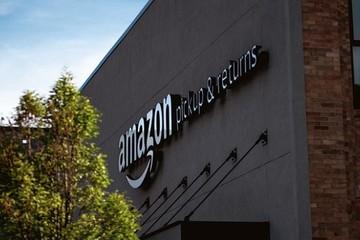 Nhà kho robot của Amazon làm tăng tỷ lệ nhân viên bị thương