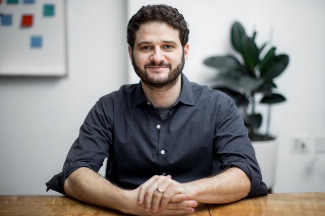 Đồng sáng lập bỏ Facebook để mở công ty mới: Đừng chỉ nghĩ đến tiền khi khởi nghiệp!