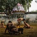 """<p> Bức ảnh chiến thắng mang tên """"Vật Kushti trong hoàng hôn"""" được chụp tại Ấn Độ của tác giảSandra Morante.</p>"""