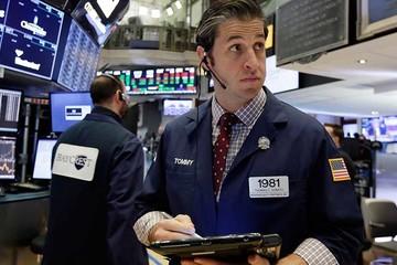 Phố Wall đau đầu vì cổ phiếu công nghệ