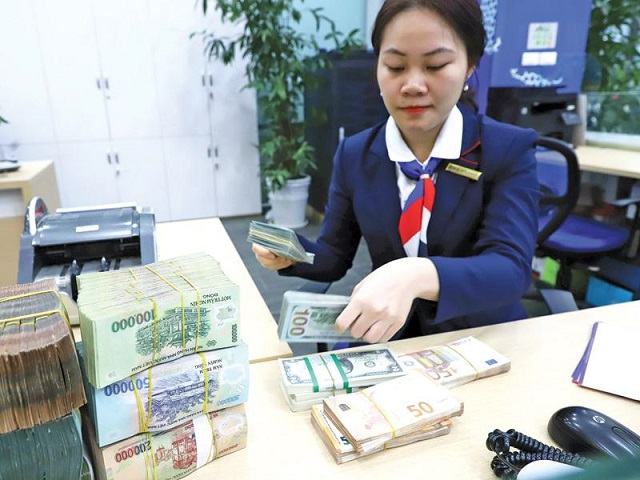 Bùng phát bẫy vay tiền ngân hàng qua mạng
