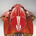 <p> Sau khi hoàn thành, Ferrari Arno XI đã dễ dàng vô địch cuộc đua năm đó và thiết lập kỷ lục mới với vận tốc tối đa 242 km/h. Sau khi phá kỷ lục, Castoldi đã bán chiếc Ferrari Arno XI để phát triển chiếc thuyền cao tốc khác. Vốn là kỹ sư, Nando dell'Orto - chủ tiếp theo của Arno XI - đã sửa lại chiếc thuyền để tăng tính ổn định. Do khối lượng tăng lên, Arno XI phải thi đấu ở hạng 900 kg và về vị trí thứ 2 vào năm 1965.</p>