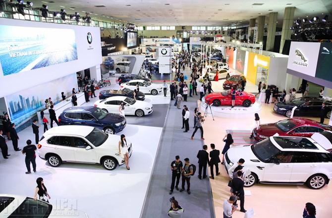 Thị trường ôtô Việt vừa có tháng bán được nhiều xe nhất từ đầu năm