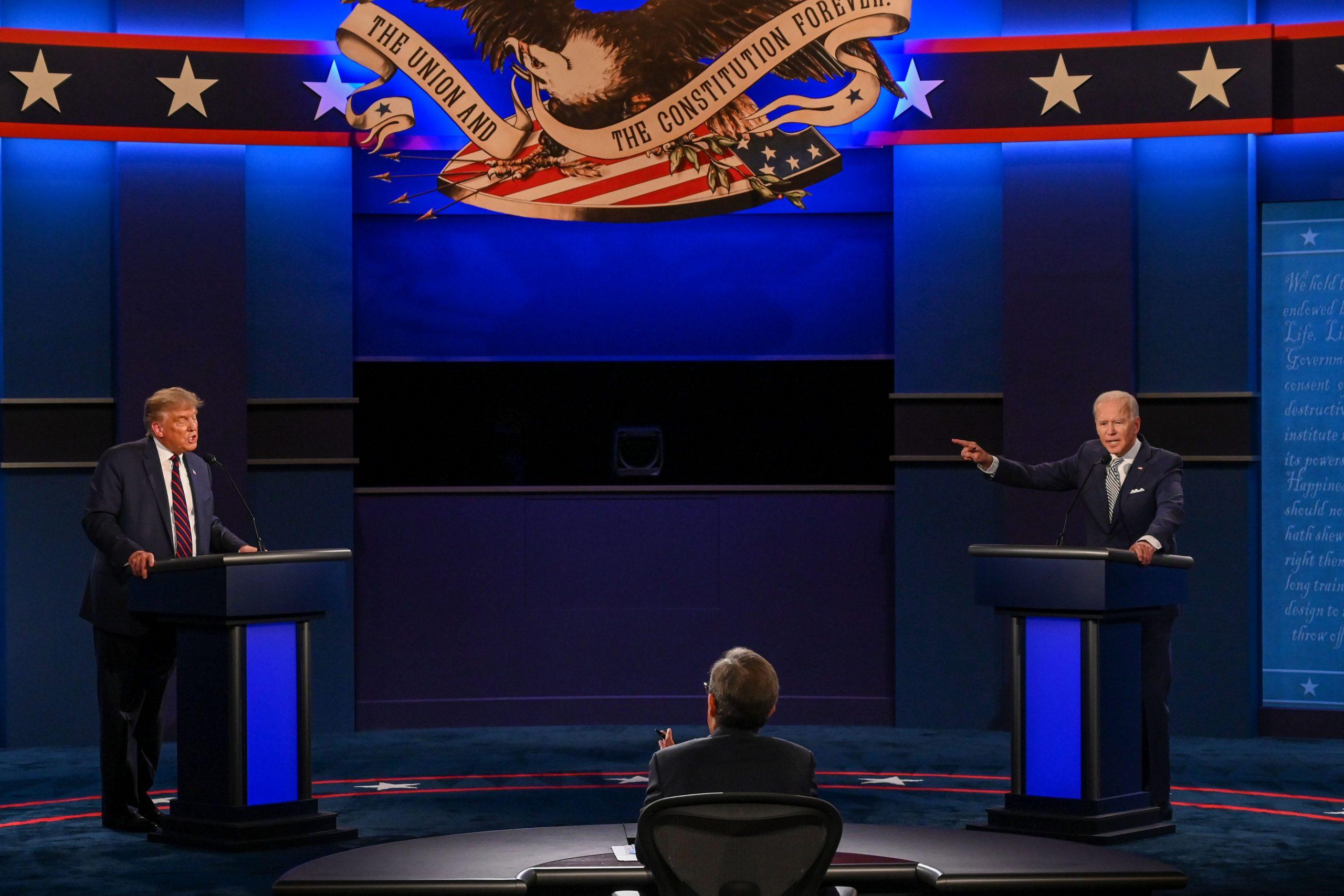 Nhà Trắng ủng hộ 2 ứng viên tranh luận theo hình thức trực tuyến