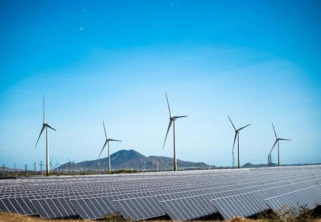 Nhu cầu đầu tư năng lượng của Việt Nam lên đến hàng chục tỷ USD mỗi năm.