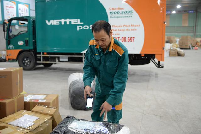 Tập đoàn Viettel bán 6% vốn Viettel Post vào tháng 11, giá khởi điểm 104.800 đồng/cp