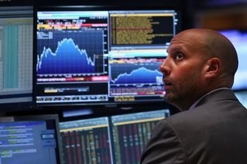 Khối ngoại giảm bán ròng xuống 26 tỷ đồng trên HoSE, gom mạnh VCB và HPG