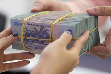 Khách vẫn chọn ngân hàng gửi tiền