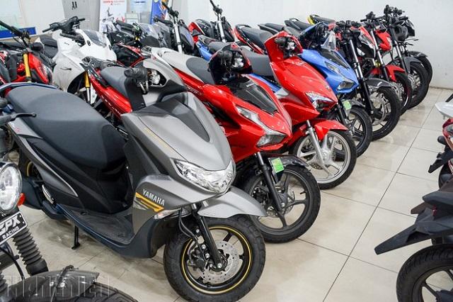 Bất chấp giảm giá kích cầu, xe máy tại Việt Nam ngày càng 'ế'