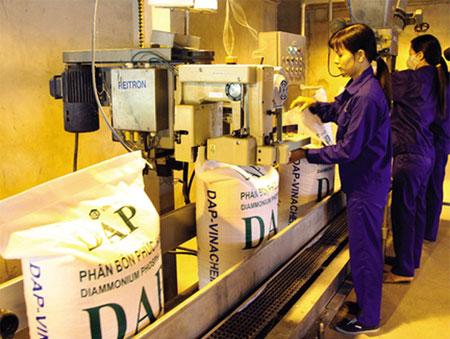 DAP – Vinachem giảm lỗ trong quý III