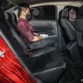 <p> Nhờ kích thước được cải thiện, không gian bên trong xe cũng được hưởng lợi như khoảng để chân rộng rãi hơn. Dung tích cốp của City 2020 ở mức 519 lít, kém 17 lít so với thế hệ trước.</p>