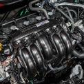 <p> Phiên bản City RS e:HEV được trang bị công nghệ hybrid mang tên Intelligent Multi-Mode Drive (i-MMD). i-MMD gồm động cơ xăng i-VTEC I4 dung tích 1.5L kết hợp cùng động cơ điện. Động cơ xăng sản sinh công suất 97 mã lực tại 5.600-6.400 vòng/phút và mô-men xoắn 127 Nm tại 5.000 vòng/phút. Tuy nhiên, động cơ xăng chỉ đóng vai trò hỗ trợ.</p>