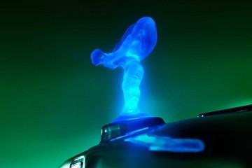 Biểu tượng phát sáng trên xe Rolls-Royce bị cấm tại châu Âu