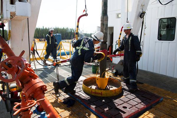 OPEC tuân thủ tốt thỏa thuận giảm sản lượng, giá dầu tăng