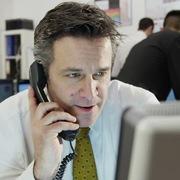 Khối ngoại tiếp tục bán ròng hơn 1.700 tỷ đồng trong tuần 12-16/10, tâm điểm MSN và CTG