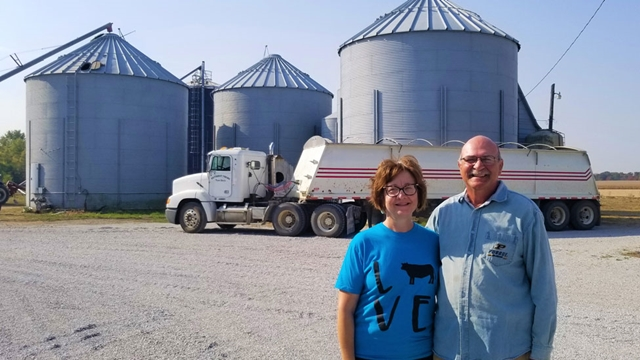 Susan và Tery Hayhurst sở hữu nông trại có diện tích lên tới gần 700 ha. Ảnh: Alamy.