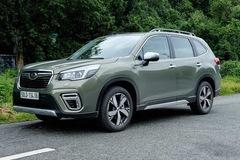 Giá bán Subaru Forester tại Việt Nam giảm về mức 899 triệu đồng