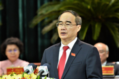 Bộ Chính trị phân công ông Nguyễn Thiện Nhân tiếp tục chỉ đạo Đảng bộ TP HCM