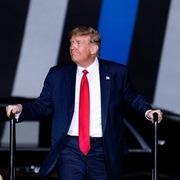 Trump nói có thể phải rời Mỹ nếu thua Biden