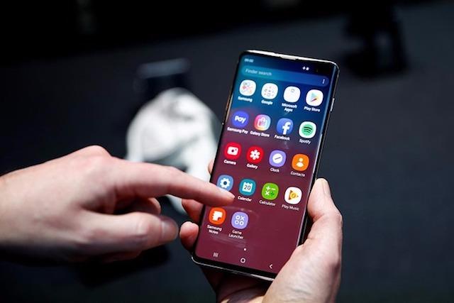 Samsung dẫn đầu doanh số smartphone toàn cầu trong tháng 8