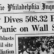 S&P 500 đang diễn biến tương tự như 'thứ Hai đen tối' của 33 năm trước