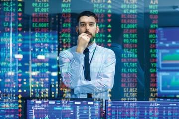 Nhận định thị trường ngày 20/10: 'Giằng co quanh vùng 945 điểm'