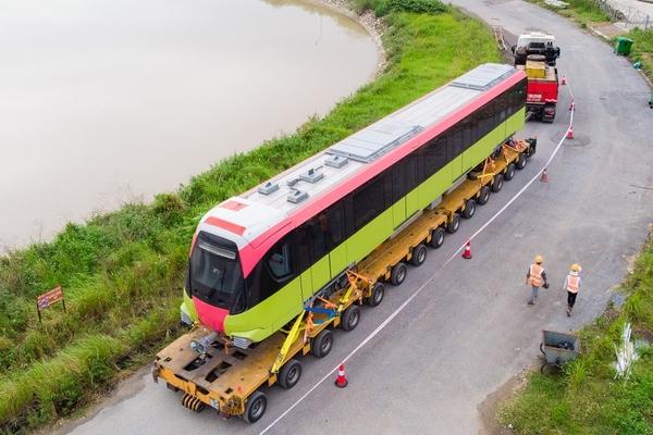 Đoàn tàu metro Nhổn - Ga Hà Nội đã về depot Nhổn