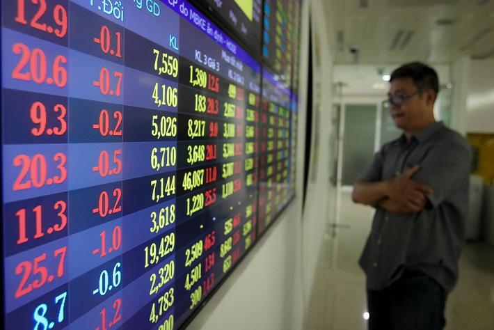Khối ngoại bán thỏa thuận 28 triệu cổ phiếu DIG, VN-Index tăng điểm trở lại