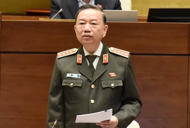 Bộ trưởng Bộ Công an Tô Lâm cam kết đủ điều kiện để bỏ sổ hộ khẩu vào 1/7/2021
