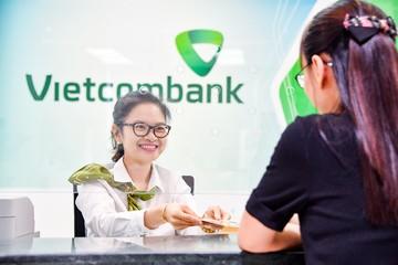 Lãi quý III Vietcombank giảm 21%, nợ nhóm 3 tăng 3 lần sau 9 tháng