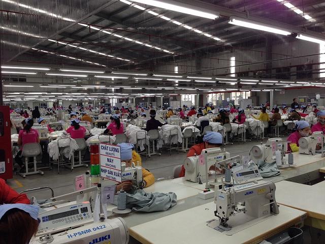 Dệt may châu Á điêu đứng vì xuất khẩu sụt giảm, thiếu việc làm