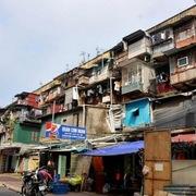 Hà Nội chỉ đạo di dời dân ra khỏi chung cư cũ trong mùa mưa bão