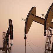 Giá dầu tăng nhờ kỳ vọng vào gói hỗ trợ kinh tế tiếp theo ở Mỹ