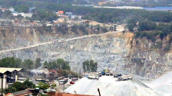 Mỏ đá Tân Đông Hiệp chuyển sang giai đoạn cải tạo, C32 lãi quý III giảm 15%