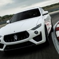 """<p class=""""Normal""""> <strong>9. Maserati Levante Trofeo 2020</strong></p> <p class=""""Normal""""> Maserati Levante Trofeo 2020 được trang bị động cơ tăng áp kép V8 3.8L do Ferrari sản xuất. Động cơ này cho công suất cực đại 580 mã lực tại 6.250 vòng/phút và mô-men xoắn cực đại 729 Nm tại 2.500-5.000 vòng/phút. Xe sử dụng hộp số ZF 8 cấp và hệ dẫn động AWD.</p> <p class=""""Normal""""> <span>Có giá 170.000 USD tại thị trường Mỹ, Trofeo là phiên bản đắt nhất của Levante 2020. Nếu ngân sách hạn hẹp hơn, người dùng có thể thỏa mãn niềm đam mê tốc độ với biến thể GTS giá 123.000 USD , sử dụng động cơ V8 cho công suất 550 mã lực.</span></p> <p class=""""Normal""""> Thời gian tăng tốc 0-96 km/h: 3,7 giây</p> <p class=""""Normal""""> Tốc độ tối đa: 301 km/h</p> <p class=""""Normal""""> </p>"""