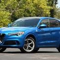 """<p class=""""Normal""""> <strong>7. Alfa Romeo Stelvio Quadrifoglio 2021</strong></p> <p class=""""Normal""""> Alfa Romeo Stelvio 2021 được phân phối với 2 biến thể động cơ. Trong đó, phiên bản Quadrifoglio sử dụng động cơ tăng áp kép V6 2.9L là lựa chọn cho những người đam mê tốc độ.</p> <p class=""""Normal""""> <span>Xe có công suất 505 mã lực tại 6.500 vòng/phút và mô-men xoắn cực đại 601 Nm tại 2.500-5.500 vòng/phút. Tại Mỹ, Stelvio Quadrifoglio có giá khởi điểm 80.000 USD, thấp hơn đáng kể so với đa số mẫu xe còn lại trong danh sách.</span></p> <p class=""""Normal""""> Thời gian tăng tốc 0-96 km/h: 3,6 giây</p> <p class=""""Normal""""> Tốc độ tối đa: 283 km/h</p>"""