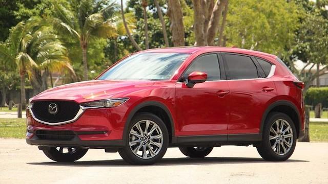 Mazda CX-5 xếp vị trí thứ 9 trong số 10 mẫu xe SUV được chủ sở hữu hài lòng nhất.