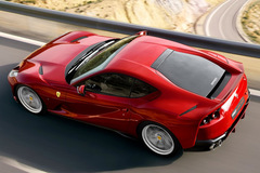Ferrari triệu hồi siêu xe vì kính sau có thể bay mất