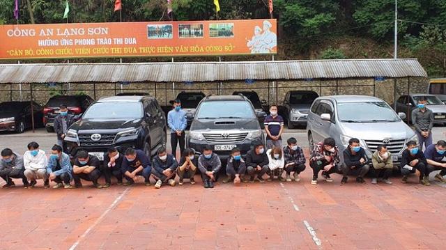 20 người nước ngoài nhập cảnh trái phép được đưa về Công an tỉnh Lạng Sơn để xử lý.