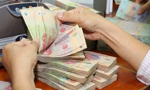 Áp lực dự phòng rủi ro lên lợi nhuận ngân hàng
