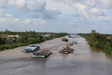 Đề xuất đầu tư hơn 5.700 tỷ đồng phát triển hành lang đường thủy và logistics phía Nam