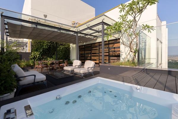 Không gian sống ấn tượng trong căn penthouse 2 tầng ở Hưng Yên