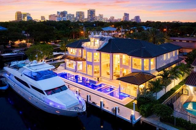 Giới siêu giàu Mỹ tậu biệt thự chỉ để có chỗ neo đậu du thuyền