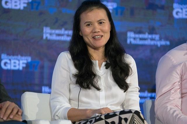 Người phụ nữ quyền lực nhất Alibaba giàu như thế nào sau vụ IPO của Ant Group?