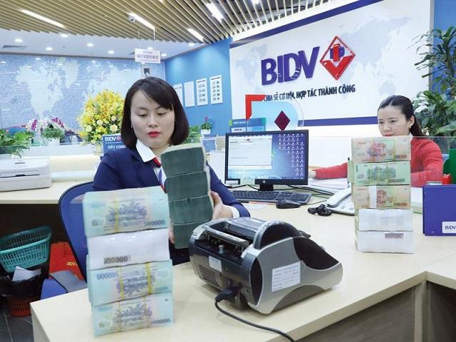 Tính đến cuối tháng 9/2020, tín dụng toàn hệ thống tăng 6,09%. Ảnh: Đức Thanh.