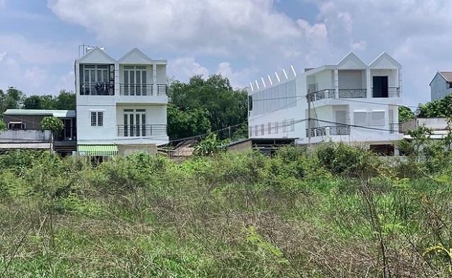 Rối việc cấp phép xây dựng nhà ở nông thôn tại thành phố