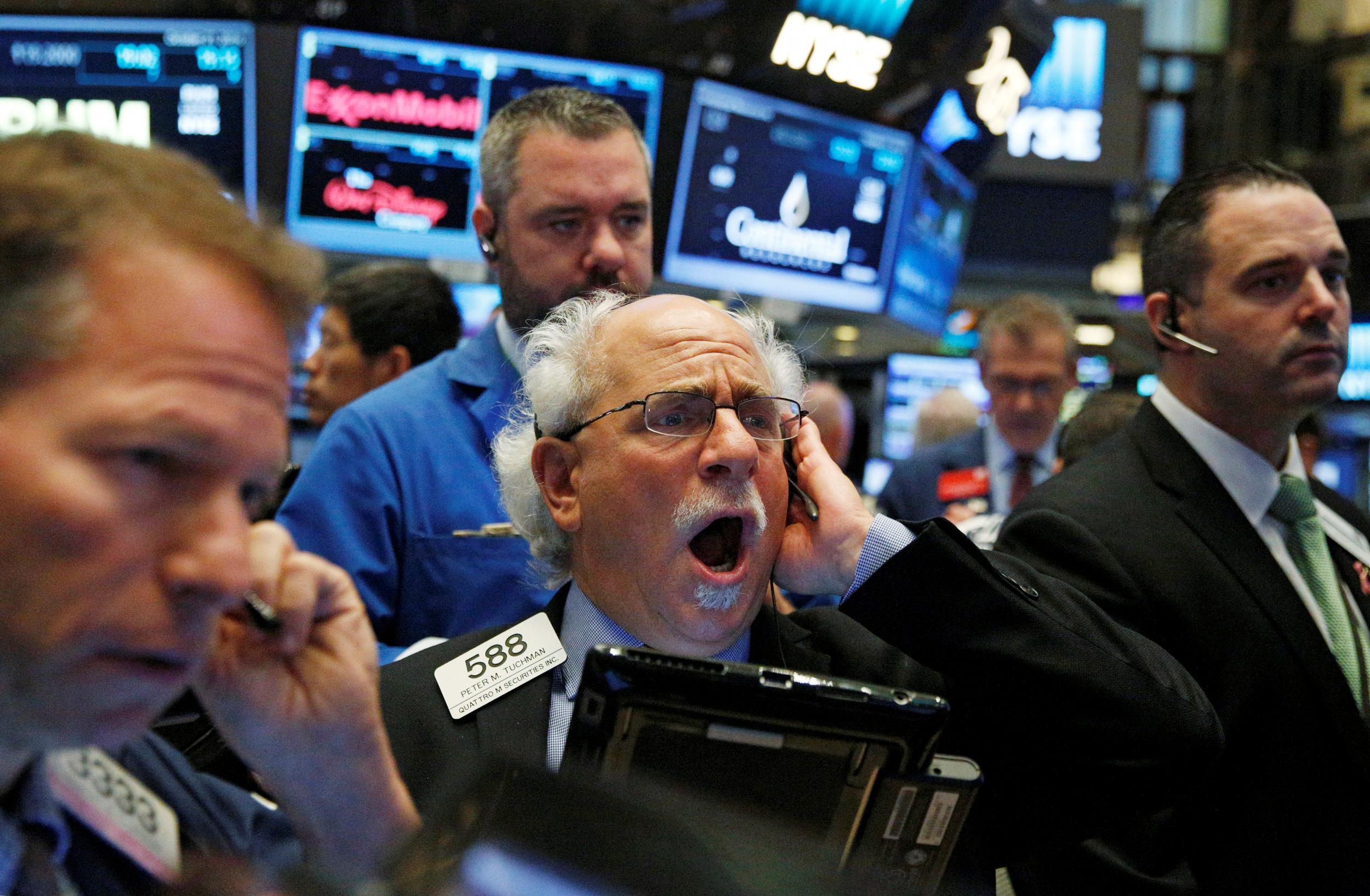 Phố Wall mất hơn 3%, Dow Jones, S&P giảm mạnh nhất từ tháng 6
